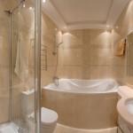 Бордюр для ванны или душевой кабины: виды материалов и способы монтажа