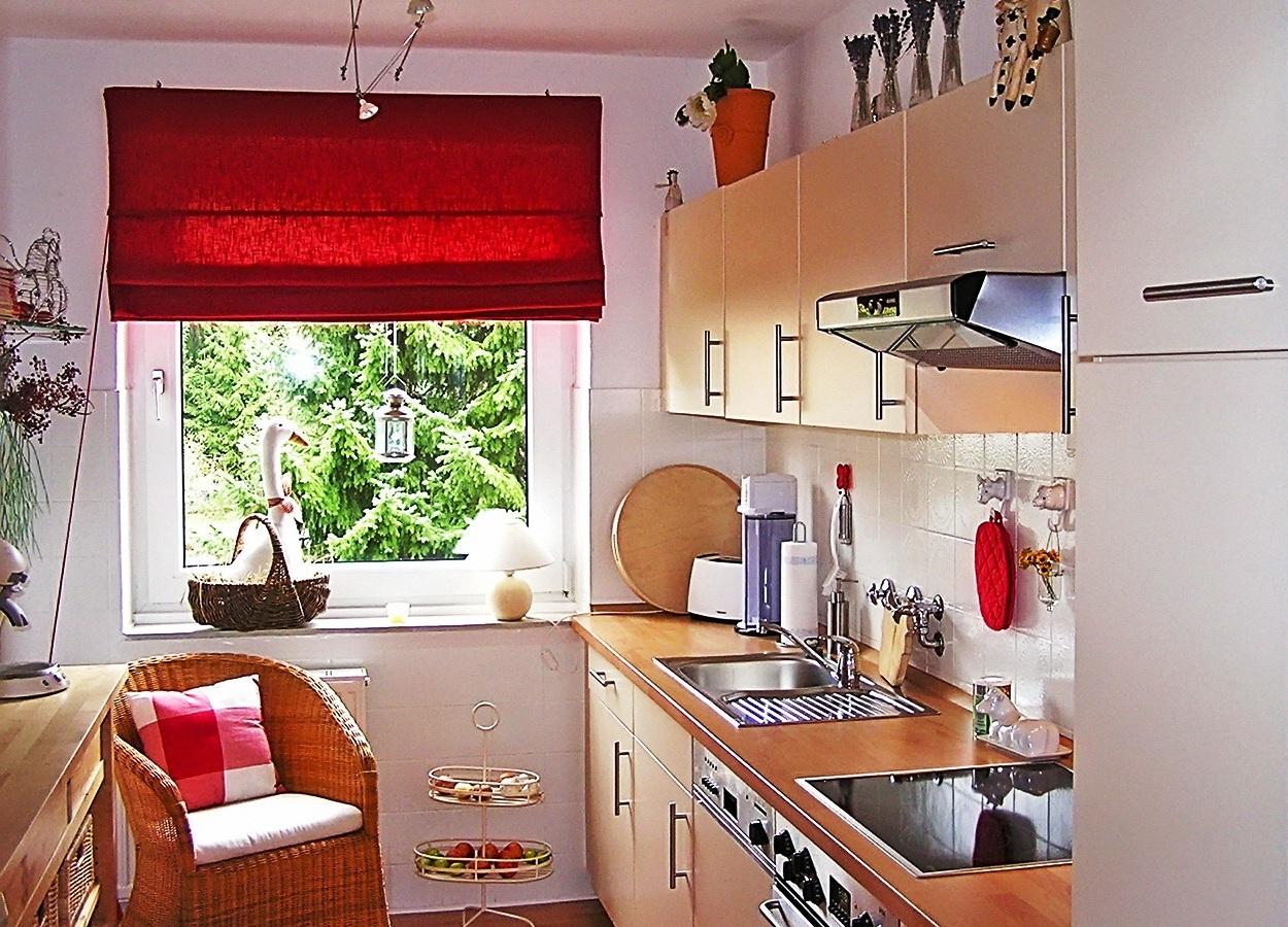 Как правильно обустроить кухню своими руками